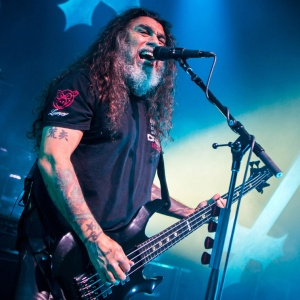 the mighty gray beard of tom araya of slayer